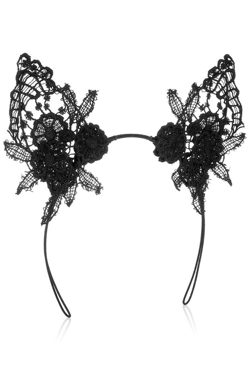 0001017_damaris_lace_cat_ears