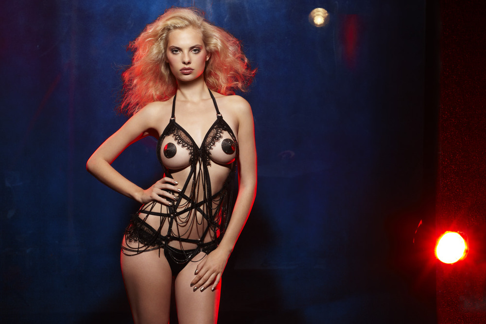 Agent-provocateur-soiree-aw12-4