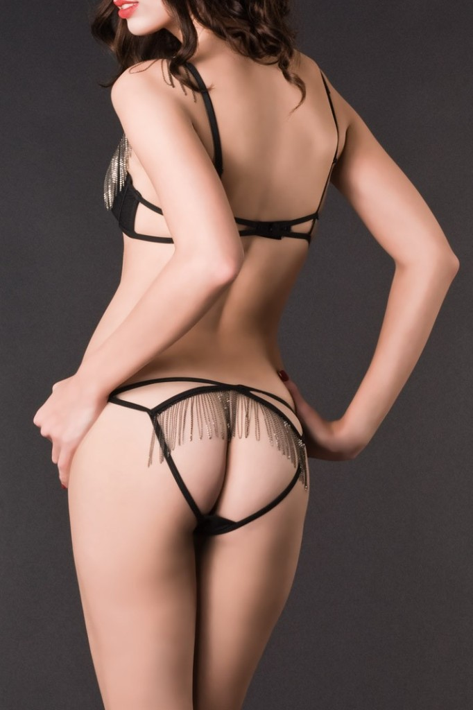 maison_close_belle_de_nuit_bra_and_ouvert_shorty_back