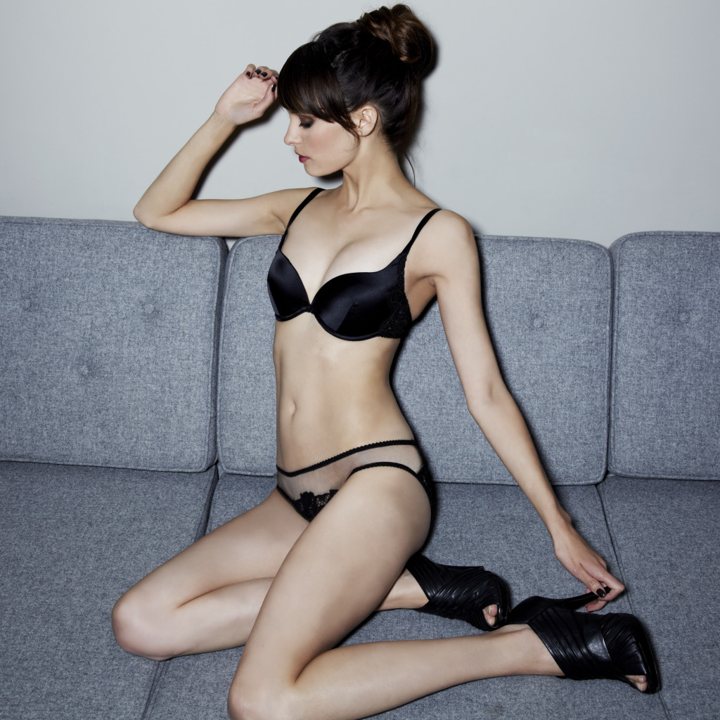 Fleur of England Belle de Nuit padded plunge and brief