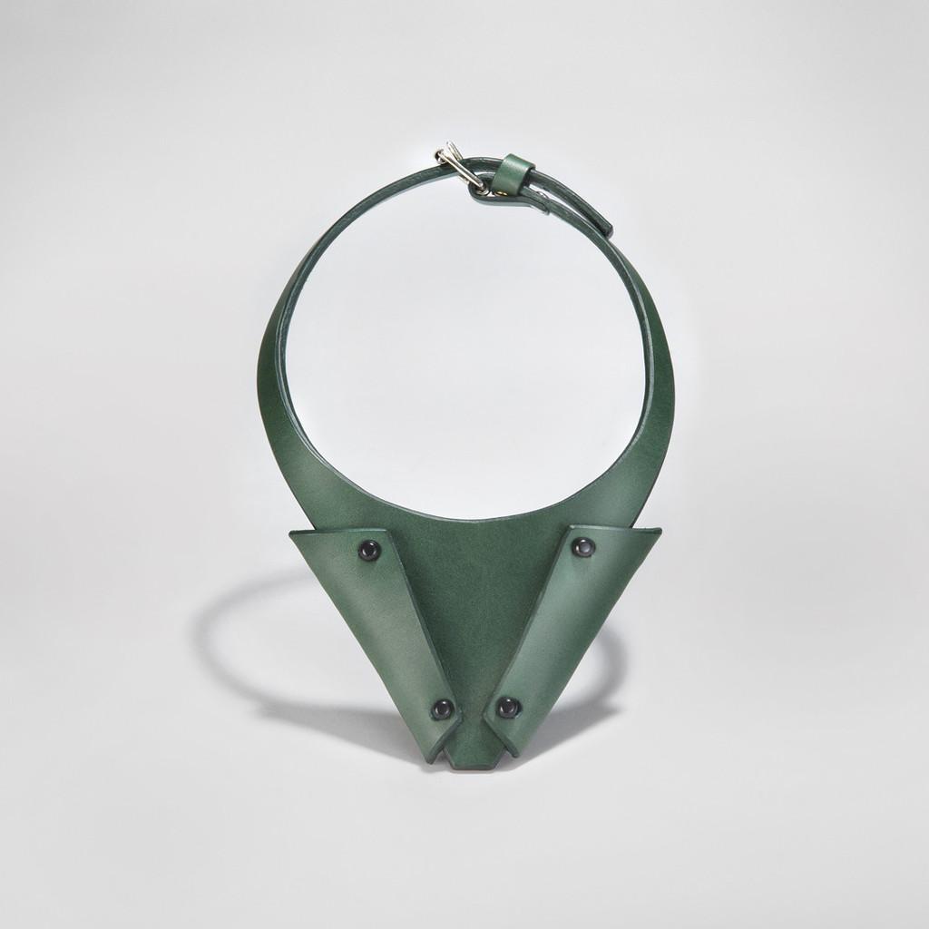 triangle_neckpiece_green_1024x1024