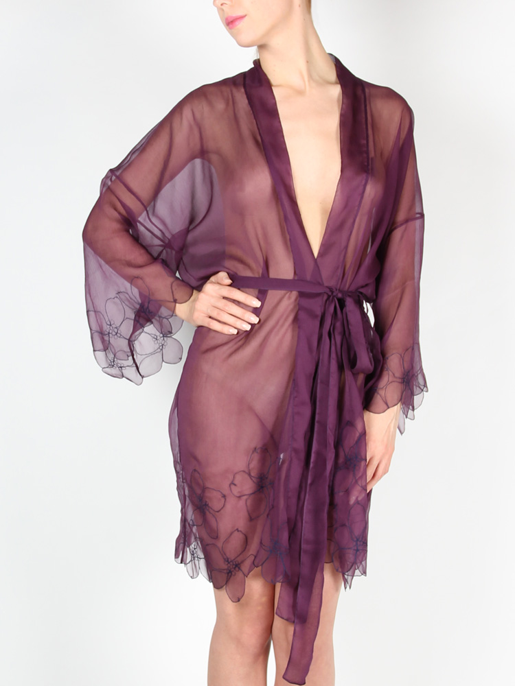 STEPHANIE AMAN Purple Robe Blossom Roses, 293 €