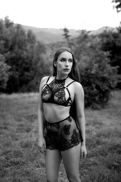 Daniela bra by Karolina Laskowska