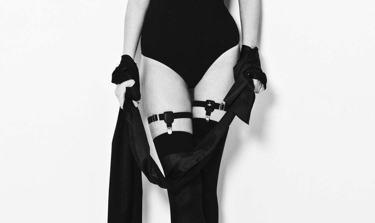 swanclothing garters
