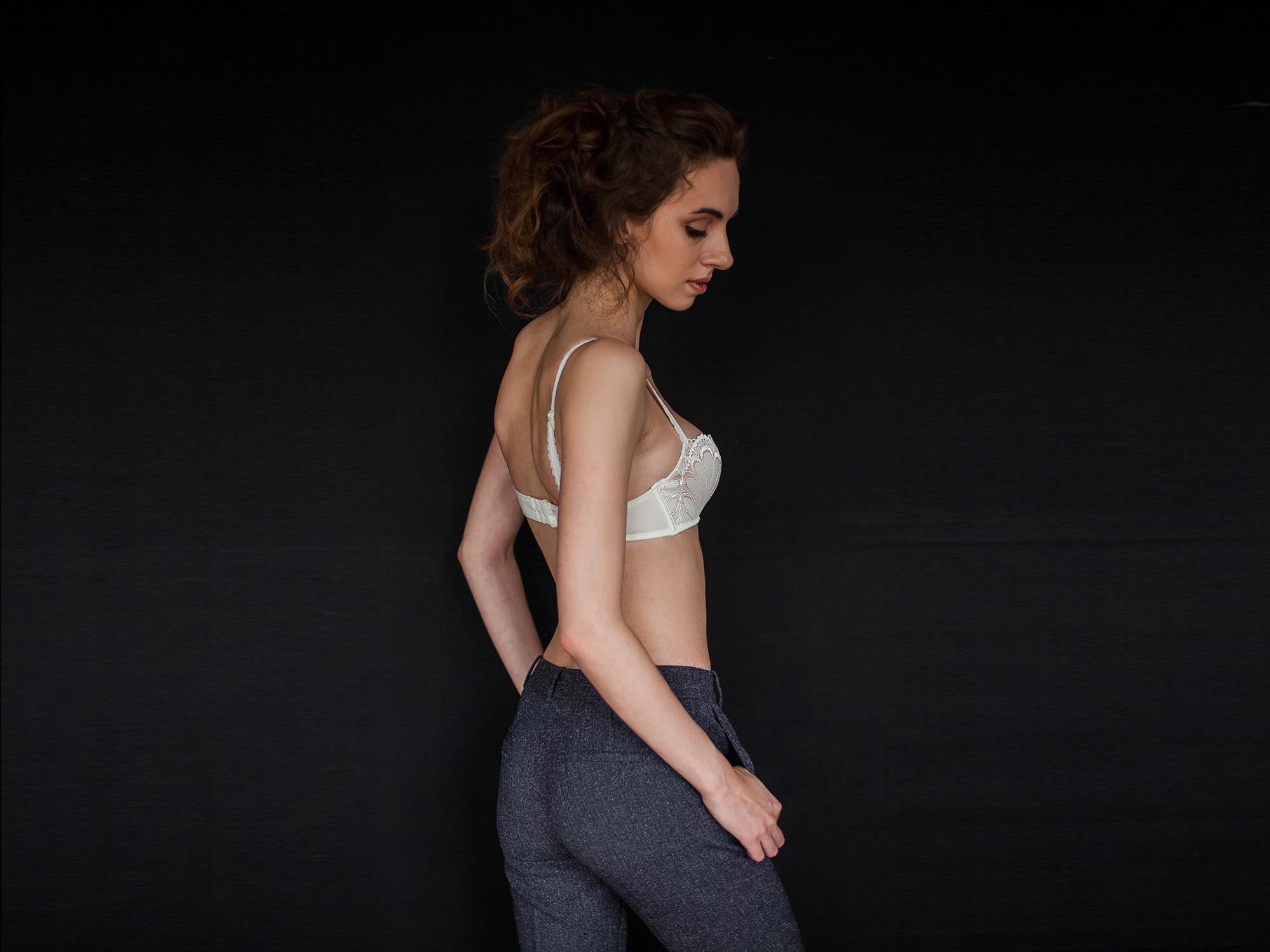 Массаж порно - нежный секс на массажном столе, эротический массаж.