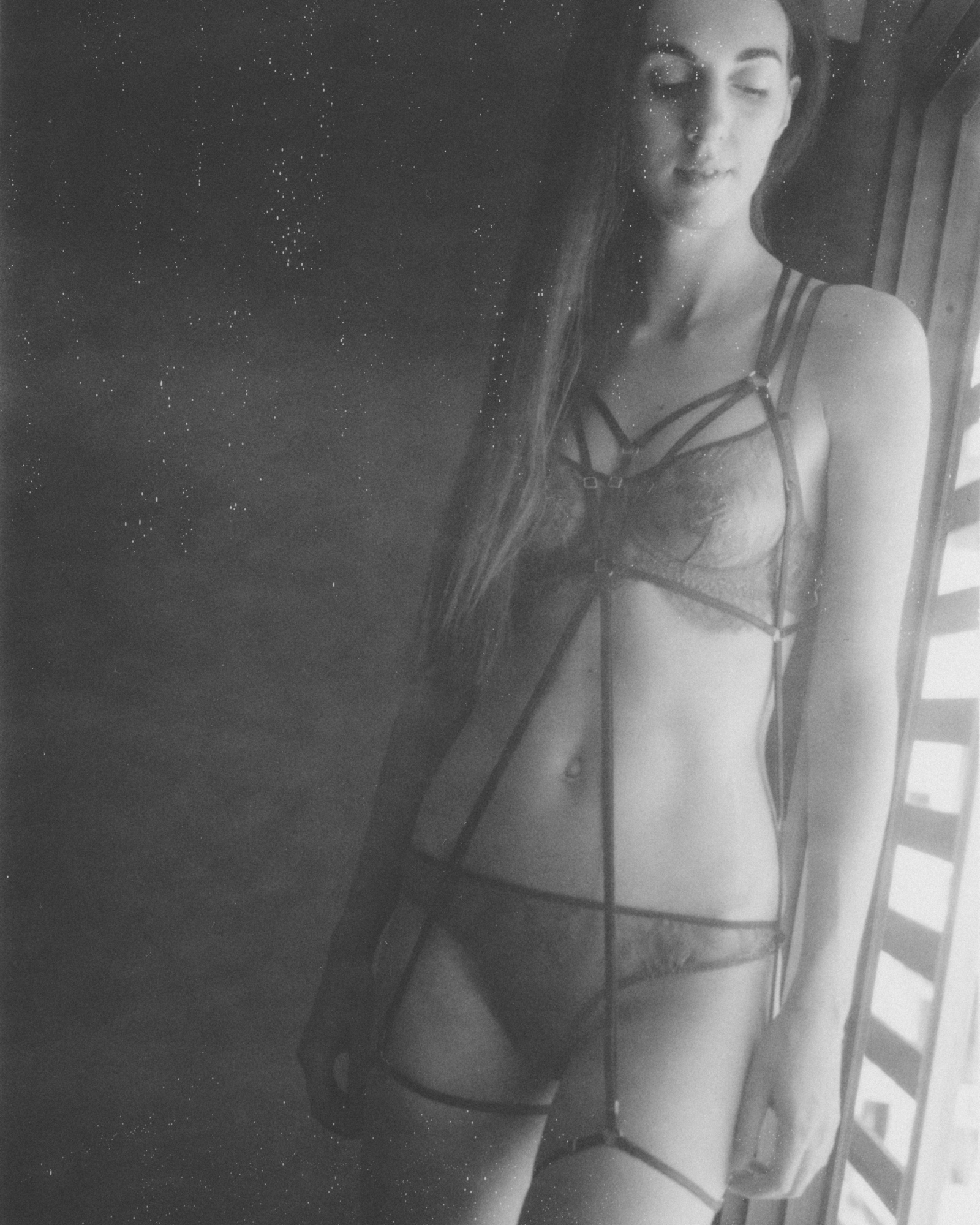 Lingerie photoshooting in Bangkok by Aaron Joel Santos, model Tanya Koycheva from Garterblog.ru