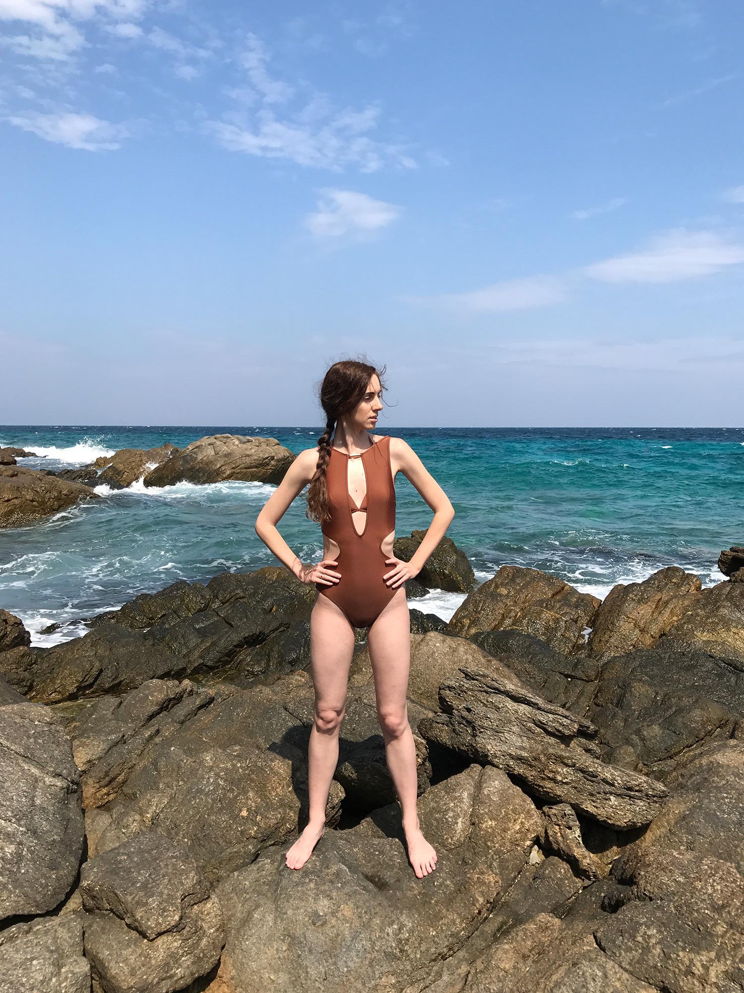 Обзор купальника Annebra в журнале GB {Garterblog.ru}. Все права на фото и текст защищены.