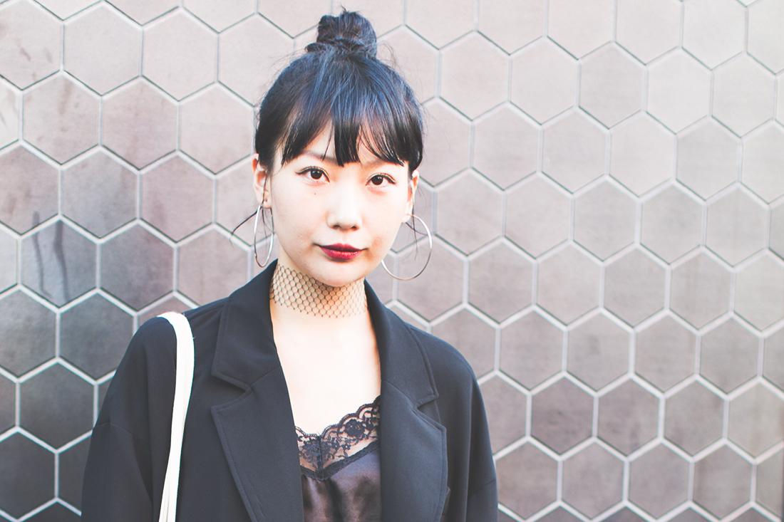 Будуарный стиль в японских стрит-стайл образах. Автор фото – Юля Лисица