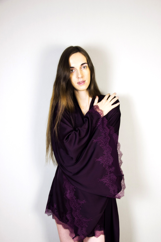 Обзор нижнего белья Elvira Basko на garterblog.ru. Халат-кимоно Abby