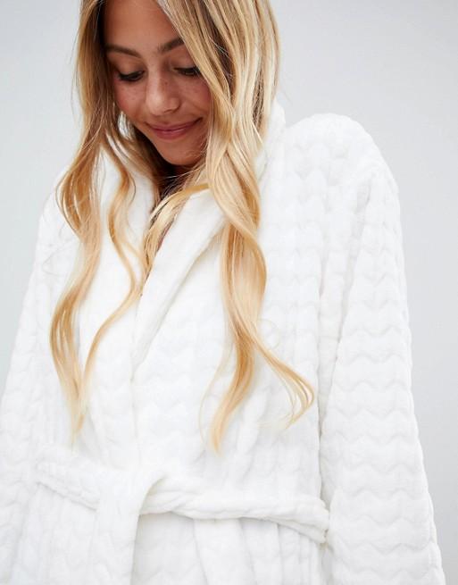 25% скидки на Asos: Что покупать на декабрьской распродаже. Нижнее белье - пижамы