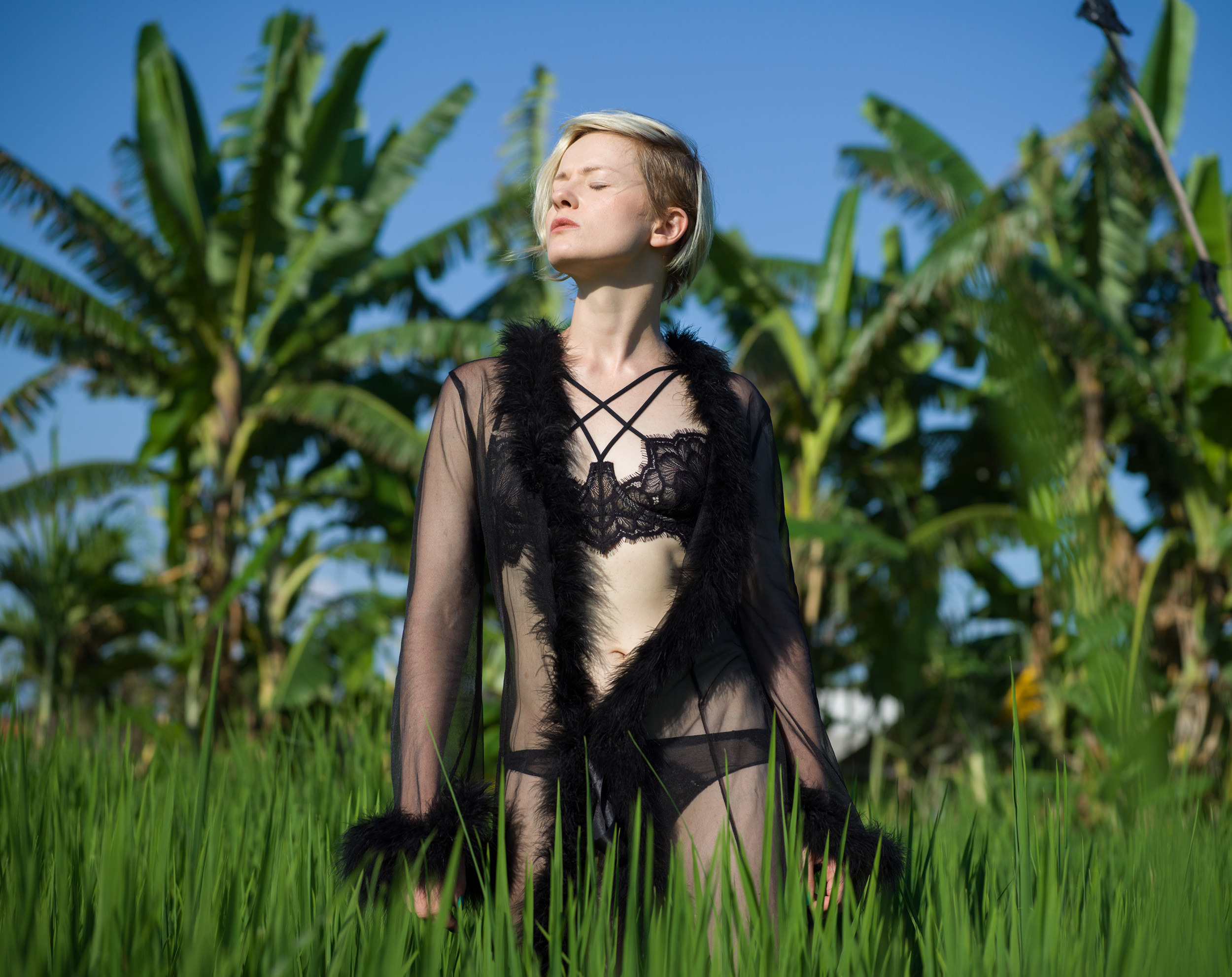 Будуарный гардероб: героиня рубрики, Дарья Генералова, рассказывает о любимом нижнем белье журналу garterblog.ru