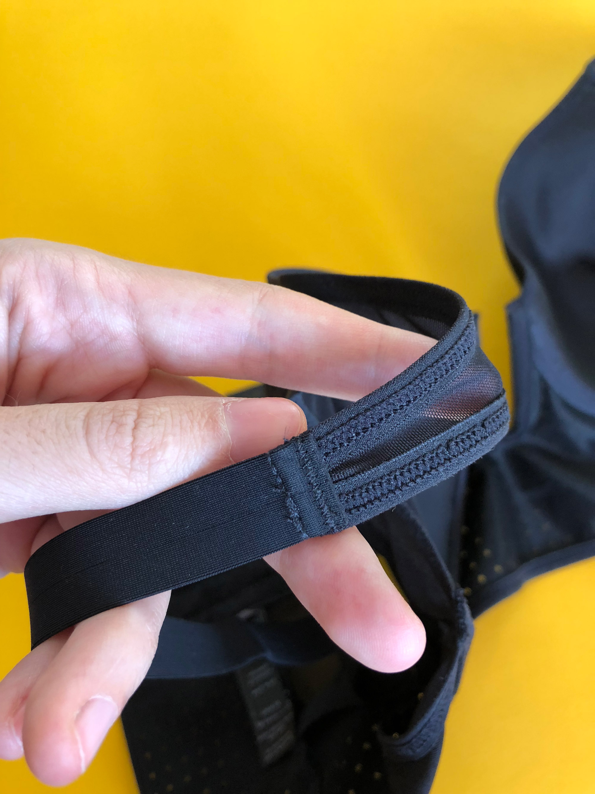 Обзор бюстгальтера из перфорированной ткани Opaak на garterblog.ru Все права защищены.