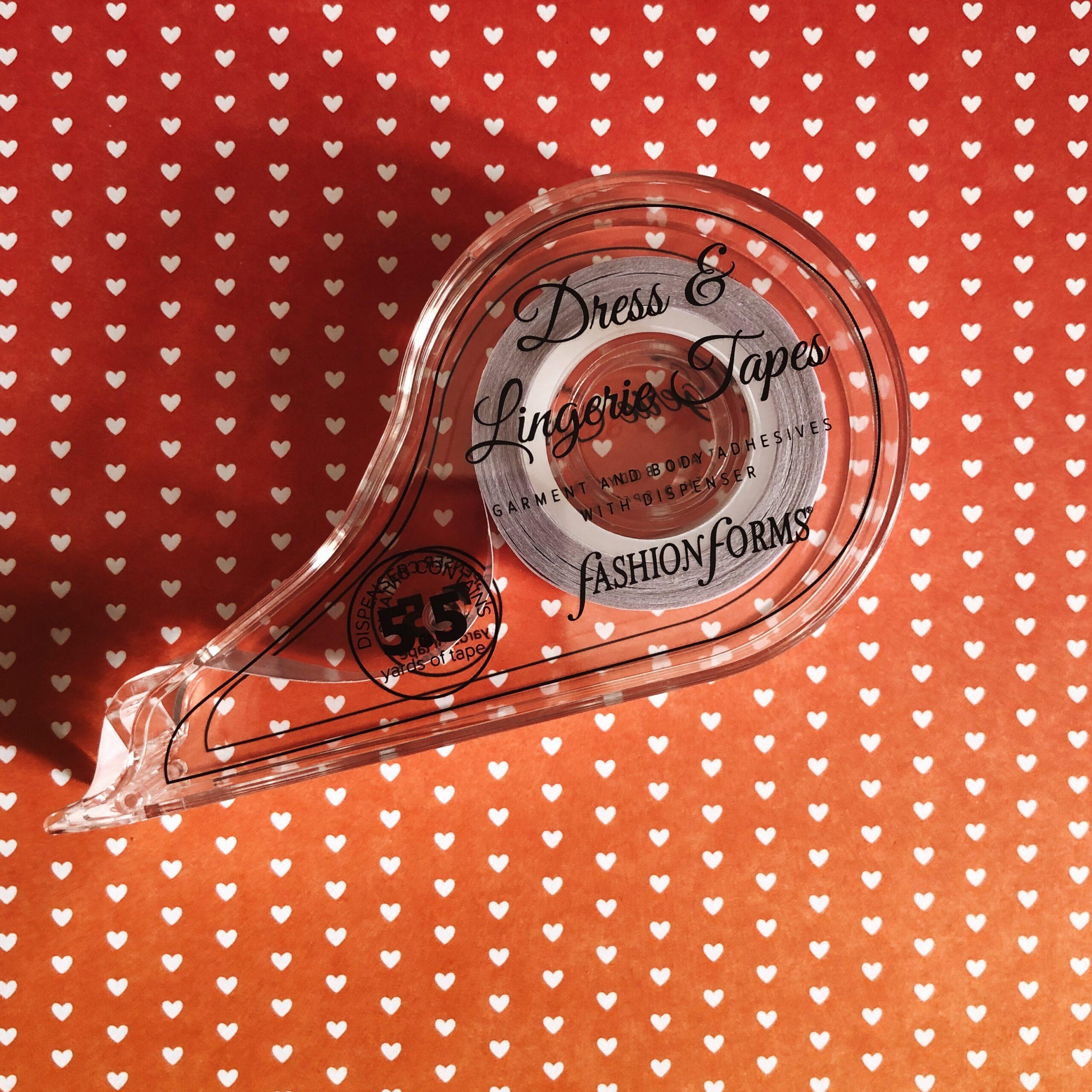 Двухсторонняя бельевая лента Fashion Forms –обзор на garterblog.ru. Все права на текст и фото защищены