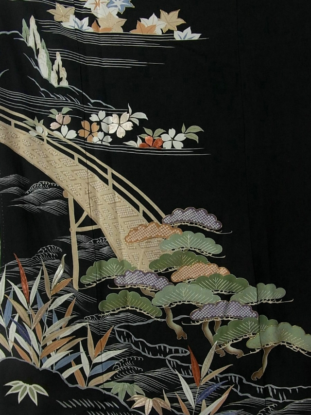 Винтажное шелковое кимоно из Японии