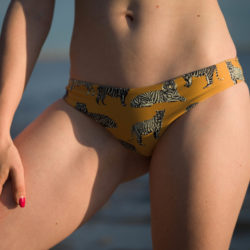 Review of the Cats swimsuit by Boys+Arrows